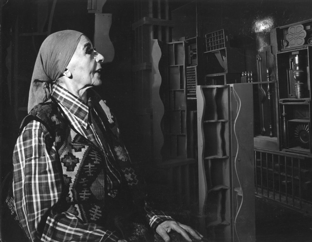 Louise Nevelson with artwork