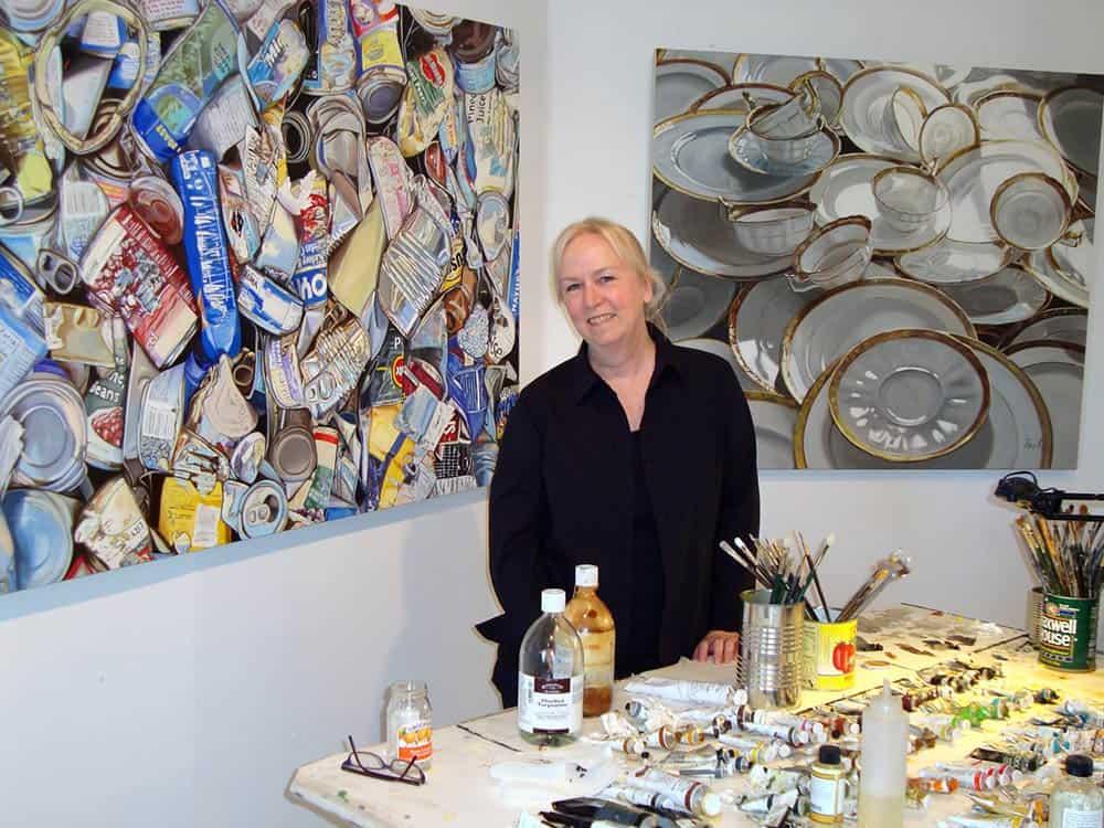 Artist Leslie Parke in her studio