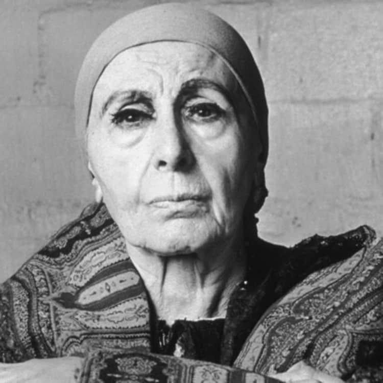Louise Nevelson was famous for her thick false eyelashes