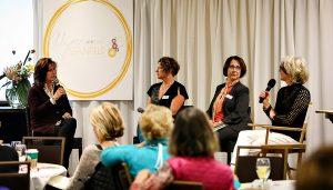Stanfield, far right, leads a panel at an Art Biz Breakthrough gathering (photo: Regina-Marie-Mountjoy)