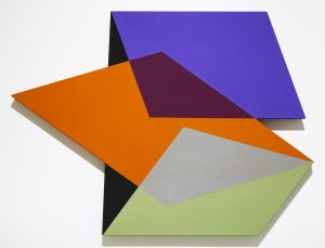 Cantilever (2017), Flashe on shaped canvas, 28 by 39 by 2 inches