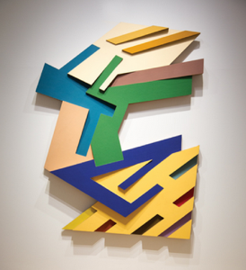 Frank Stella, Targowica III (1973), felt and acrylic paint on Tre-wall cardboard, 122 by 96 by 8 inches